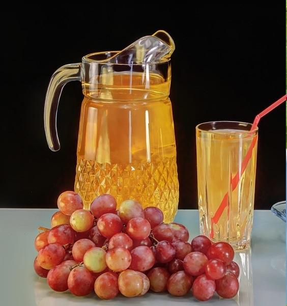 zumo de uvas negras