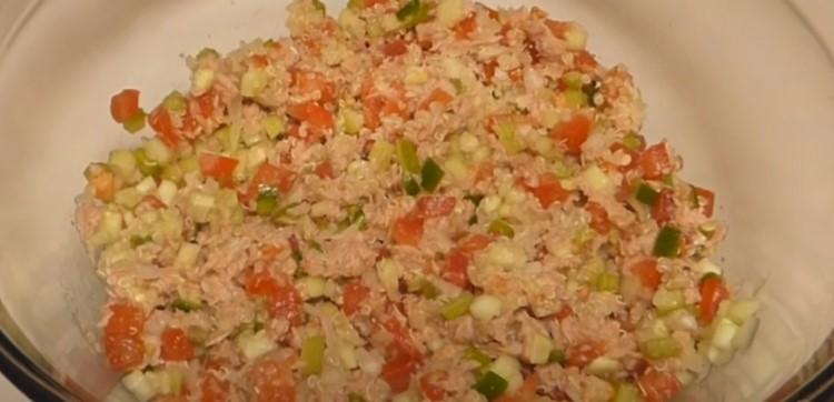 ensalada de quinoa y atun